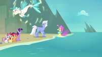 Terramar turns into a seapony again S8E6