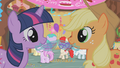 Twi and Applejack Punch S1E12.png