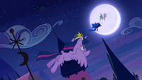 Twilight following Nightmare Moon S4E2