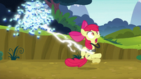 Twittermites shock Apple Bloom S5E04
