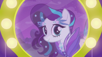 Coloratura smiling at her reflection S5E24