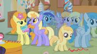 Cute ceanera guests S01E12