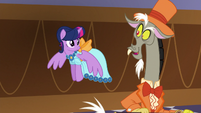 Discord -have you seen Fluttershy anywhere-- S5E7
