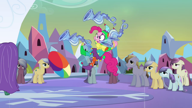 File:Jester Pinkie losing her balance S03E02.png