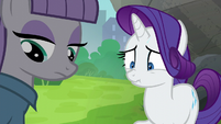 Maud Pie looking at her rock pouch S6E3