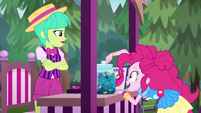 "Pinkie guesses ""three hundred and five!"" EGSBP"
