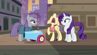 Pouch Pony wailing --please!-- S6E3