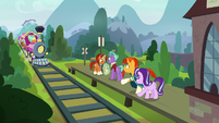 Friendship Express returns to Sire's Hollow S8E8