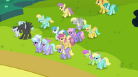 Ponies about to fly away S2E22