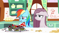 Rainbow Dash looking at awful cupcakes S8E18