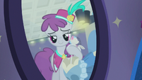 Silver Berry modeling dress in the mirror S8E4