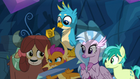 Smolder picks up a long crystal beam S9E3
