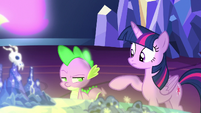Spike looking annoyed at Twilight Sparkle S7E15