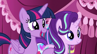"Twilight Sparkle ""started a fashion empire"" S7E19"