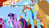Twilight not an egghead S1E13
