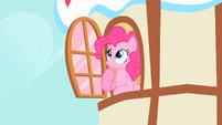 Pinkie thinking S1E25
