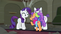 Plaid Stripes gesturing Rarity to come closer S6E9