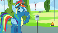 Rainbow Dash about to speak into microphone S7E7