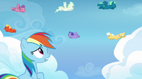 Rainbow Dash observes trainees' poor technique S6E24
