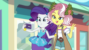 Rarity and Vignette taking a selfie EGROF