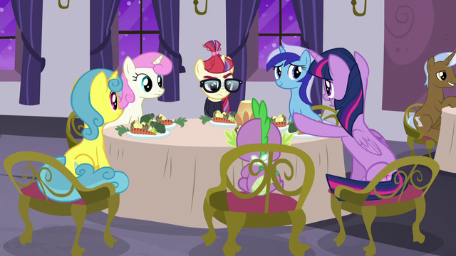 "File:Twilight ""Moon Dancer, please"" S5E12.png"