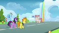 Angel Wings hovering over to Twilight and Rainbow S6E24.png