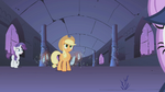 Crystals surround Applejack S1E02