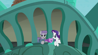 "Maud ""Especially the glaciation of the sloping strata"" S6E3"
