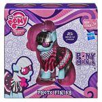 Photo Finish Ponymania brushable doll packaging