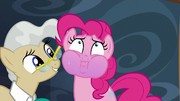 Pinkie's face turns purple S5E19