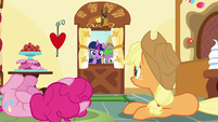 Pinkie and Applejack hear and see Twilight S5E22