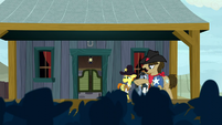 Sheriff Silverstar tries to calm the crowd S5E6