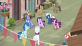 Starlight Glimmer politely refusing to help villagers S6E25.png