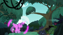 Twilight teleports into a forest S6E21