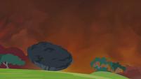 A piece of the earth thrown afar S4E26