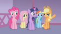 Applejack we can't leave her S01E14.png