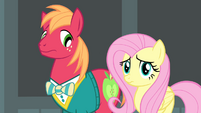 Fluttershy with a scrunchy face S4E14