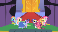 Main ponies at the gala S01E26