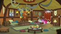 Pinkie appears in Rutherford's throne room S8E2