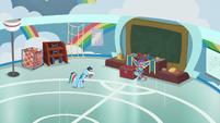 Rainbow Dash left alone in shame S9E15