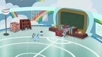 Rainbow Dash left alone in shame S9E15