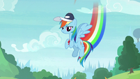 Rainbow appears before the cheer squad S9E15