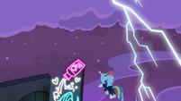Rainbow unleashes a lightning bolt S4E06