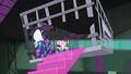 Rarity trots down stair construct S4E06.png