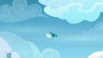 Sky and Vapor continue to fly together S6E24