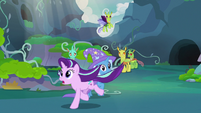 Starlight Glimmer gallops after Thorax S7E17