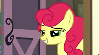 Strawberry Sunrise grinning smugly S7E9