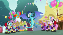 Trumpeters blow trumpets at Princess Ember S7E15