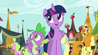"Twilight ""another beautiful day in Ponyville"" S8E18"
