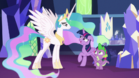 "Twilight Sparkle ""just a little"" S7E1"